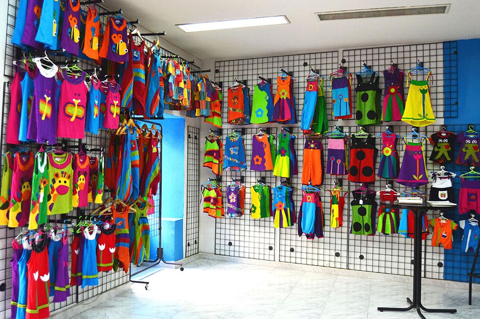 tienda online de ropa hippie infantil, ubicada en lavapies Madrid